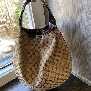 GUCCI signature hobo bag - Authentic